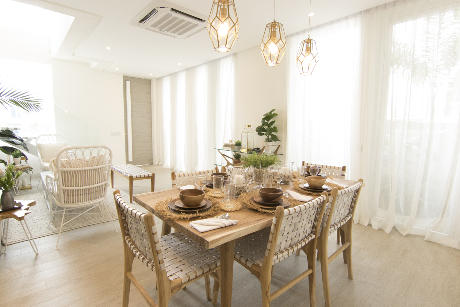 Aerin-Townhouse-Forsale-in-Acacia-Estate-Taguig-City