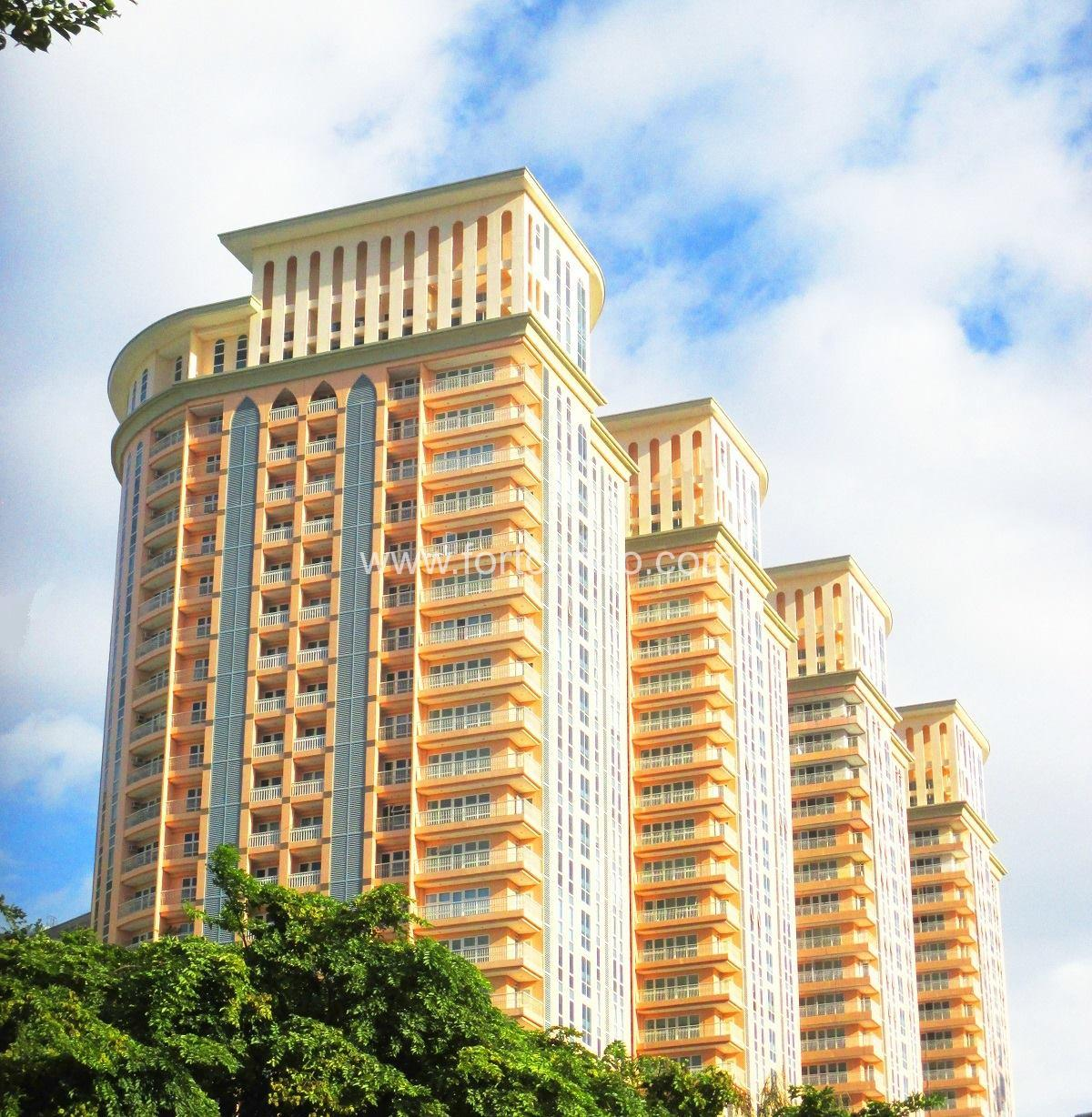 3 Bedroom 3 BR Condominiums For Sale In Fort Bonifacio BGC