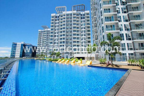 Eight Newtown Boulevard | Mactan Newtown Cebu Condos For Sale | Beach Condominiums
