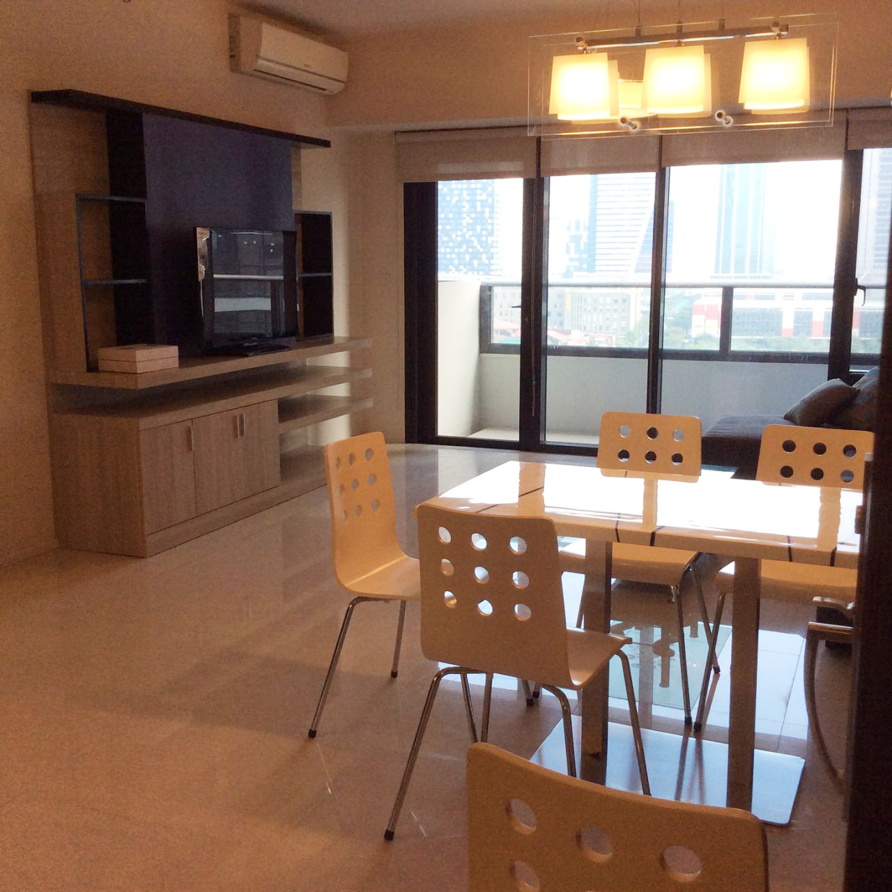 Condo Com Rent: One Bedroom Fully Furnished Condo For Rent At Arya