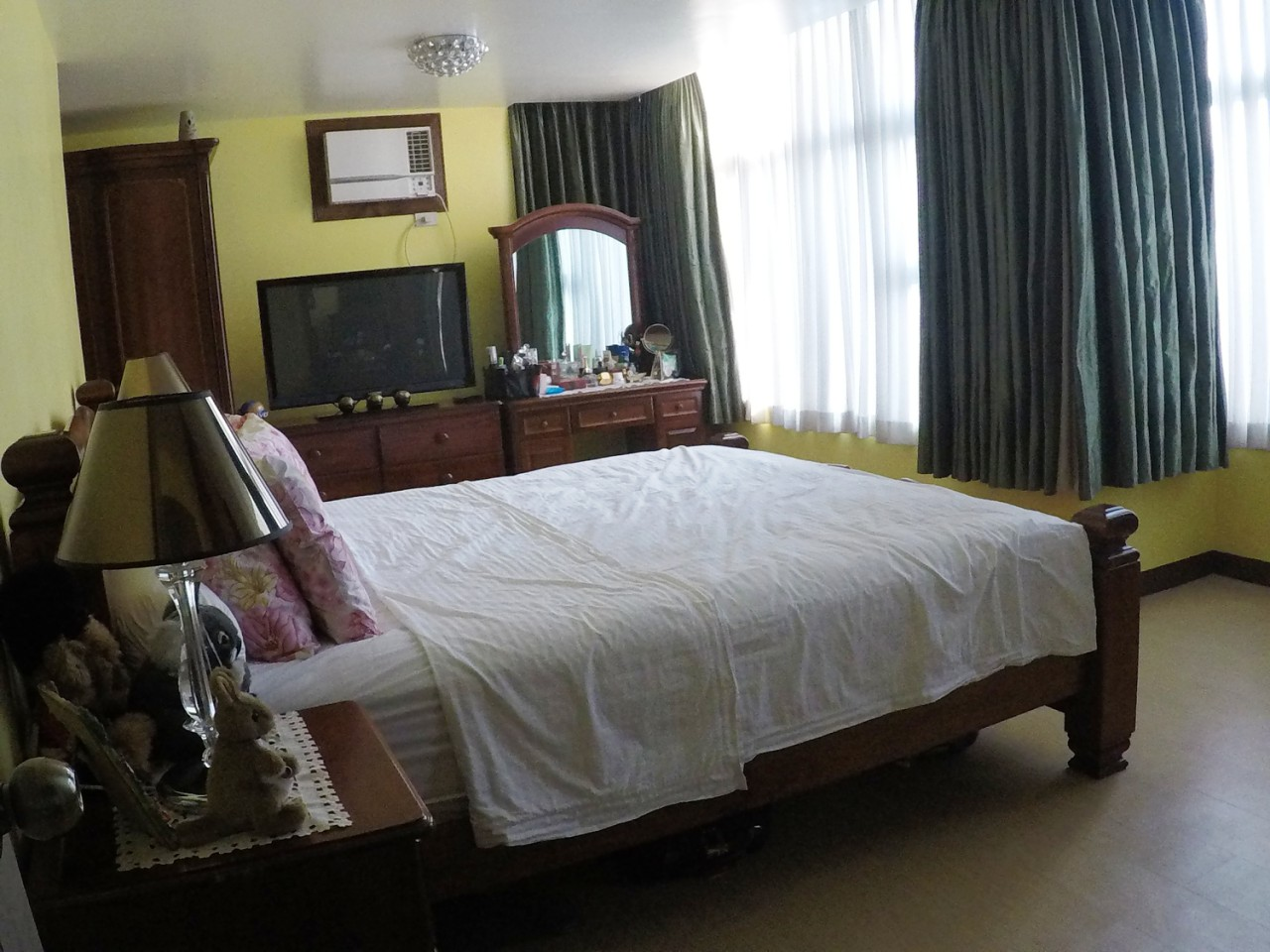 Fully Furnished Two Bedroom 2br Condo Unit For Sale In