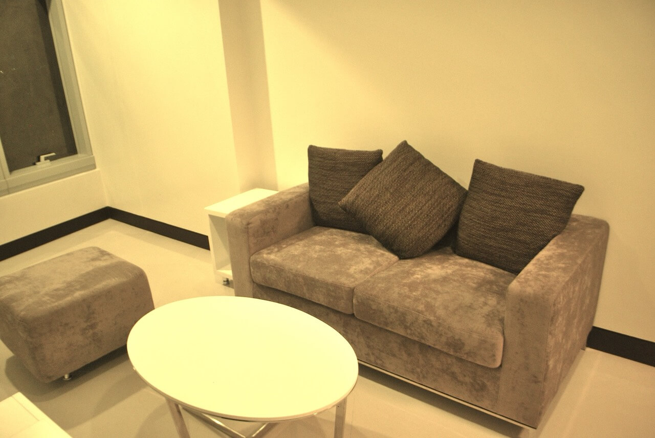 Beautiful One Bedroom 1BR Condo For Sale at One Central Makati City