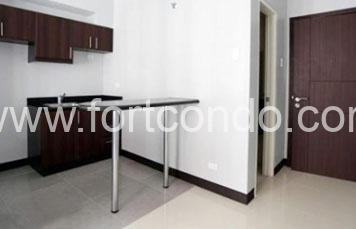 Stamford Studio Unit For Sale at Florence Way, Mckinley Hill Fort Bonifacio Taguig