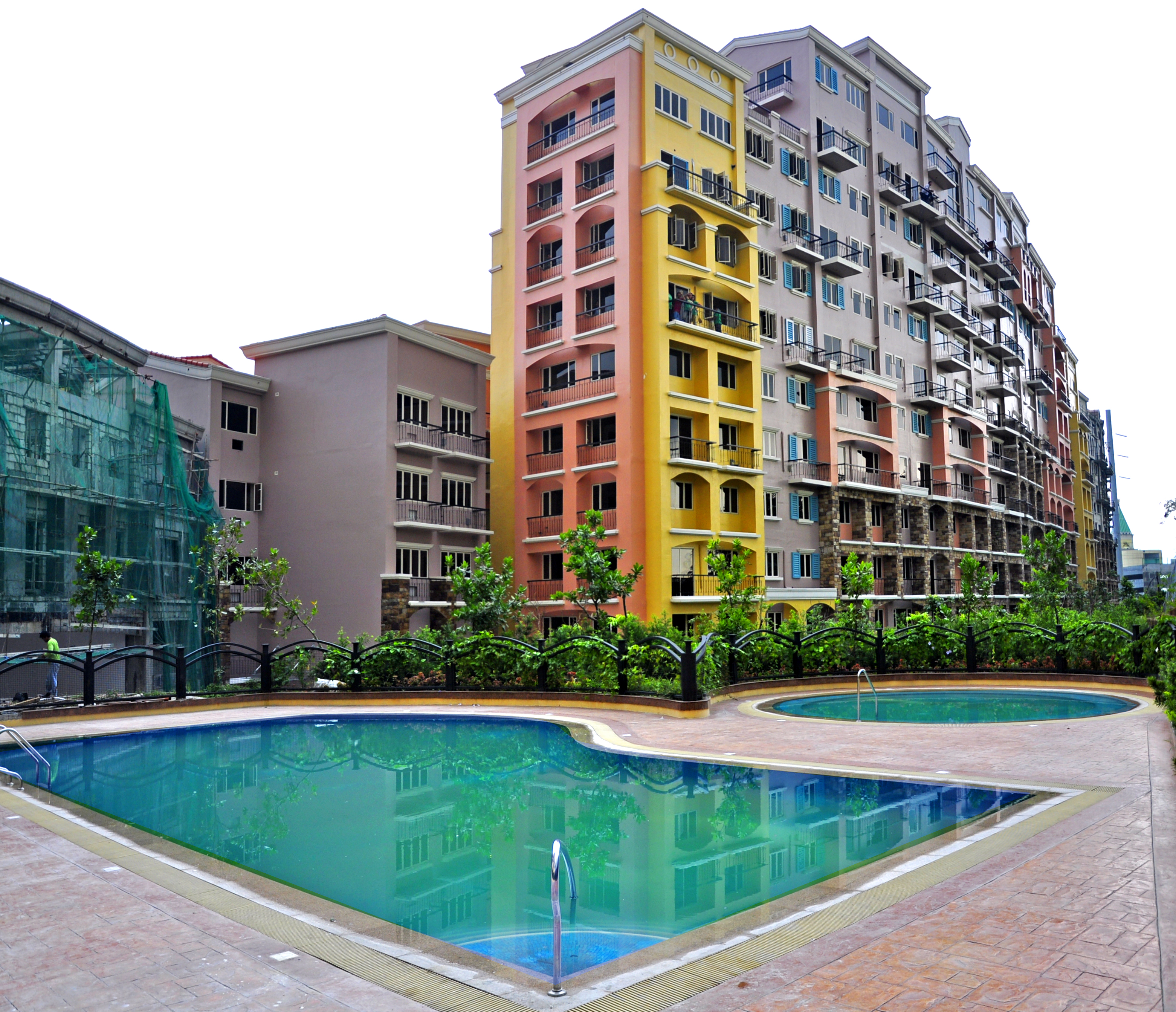 2 Bdrm Condos For Rent: Tuscany -Two Bedroom Condo For Rent At Mckinley Hill Taguig