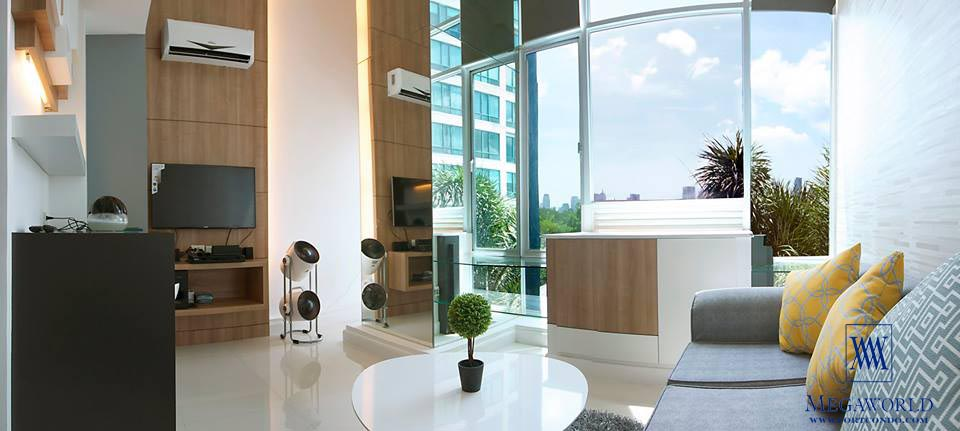 60 sqm 1 bedroom loft for sale at bellagio two fort